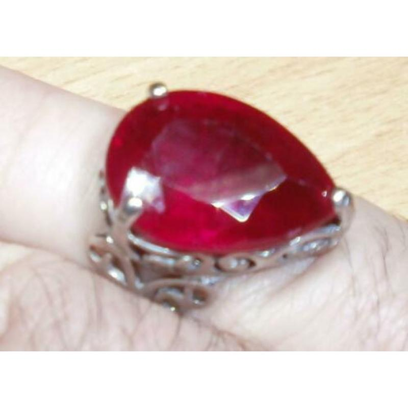 Ca 1960 Robijn design fashion ring excellent uitstraling