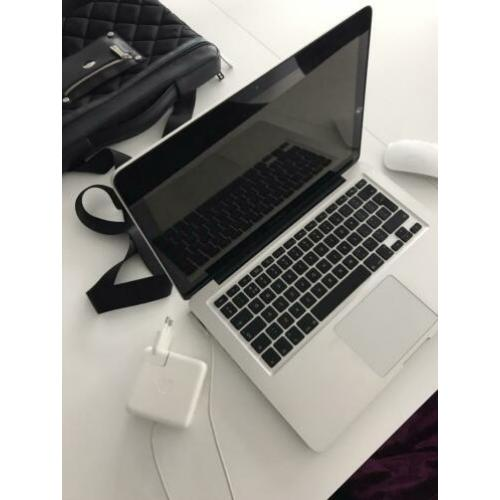 "MacBook Pro 13"" - early 2011 - 8 GB"