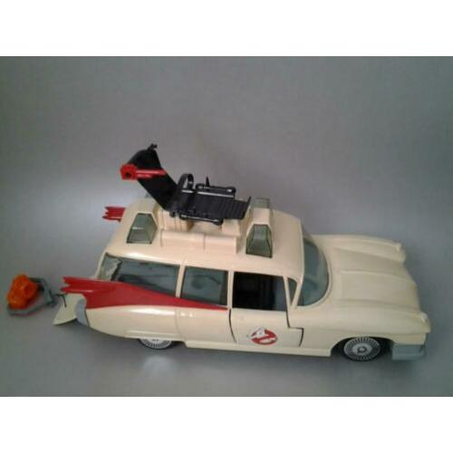 Ecto-1 the real ghostbusters