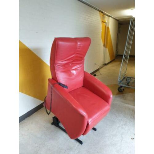 Prominent sta op fauteuil