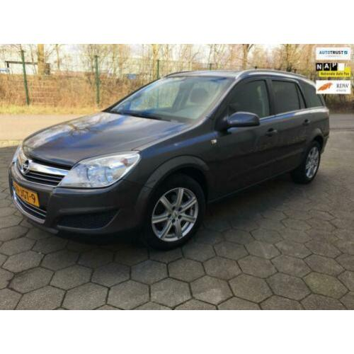 Opel Astra Wagon 1.6 Business navi 2009
